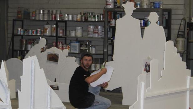 Prélud réalise des décors pour le spectacle vivant, des scénographies pour les musées et même des œuvres d'art.