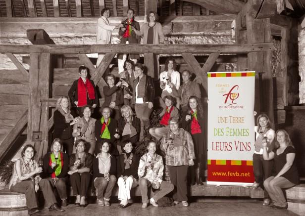 groupe Femmes et vins de Bourgogne sepia couleur